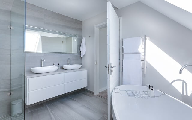 bathroom with vinyl flooring gloucester